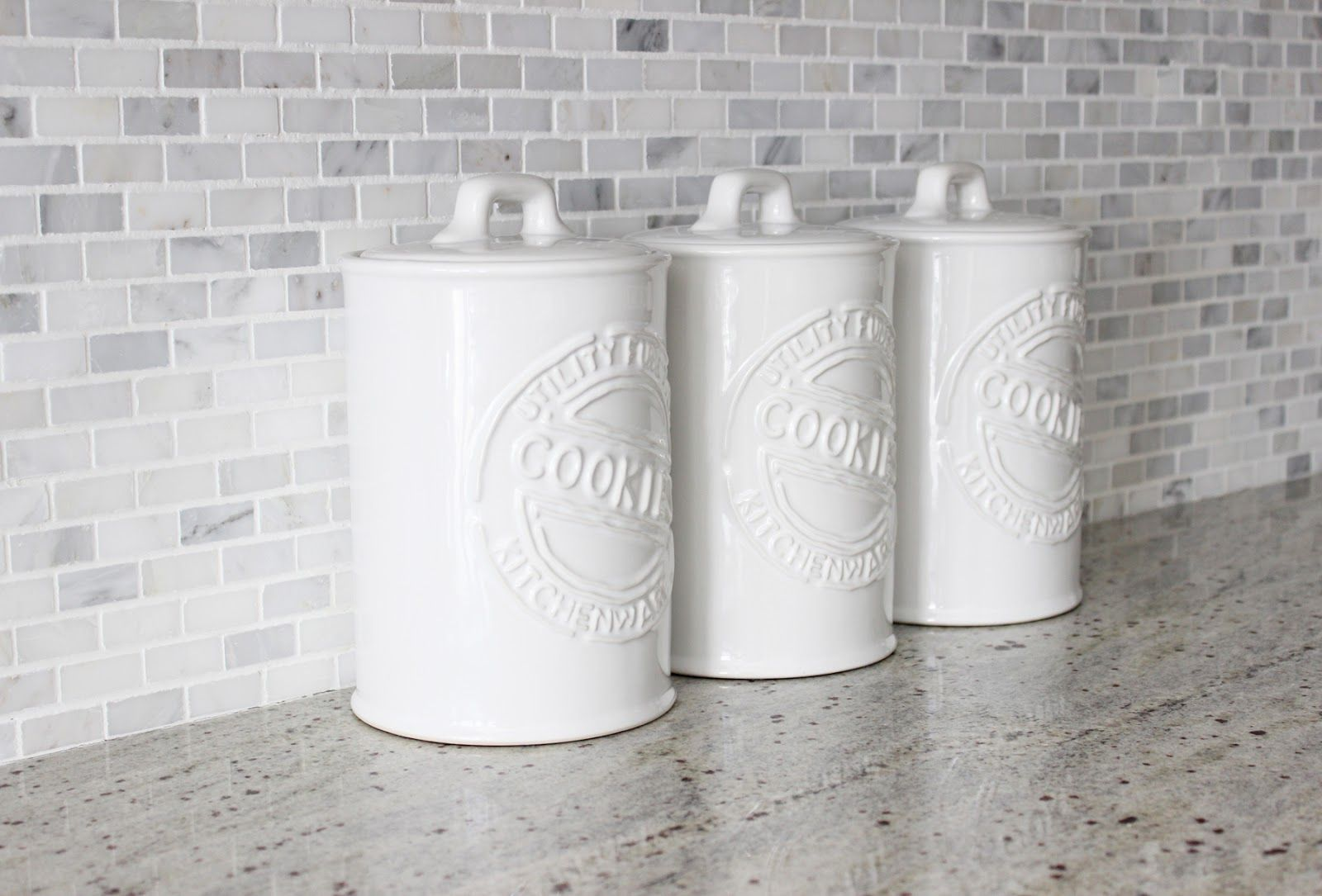 White ceramic cookie jars, kitchen storage, kitchen canisters | For ...