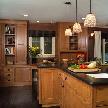 Dark Wood Floor Kitchen Design Ideas Pictures Remodel And Decor Magnificent Kitchen Designs With Oak Cabinets Decorating Inspiration