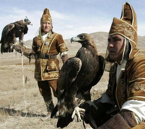 Mongolian hawk hunters