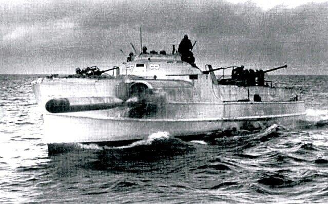S-boat launching a torpedo. | PT Boats, & E-boats ...