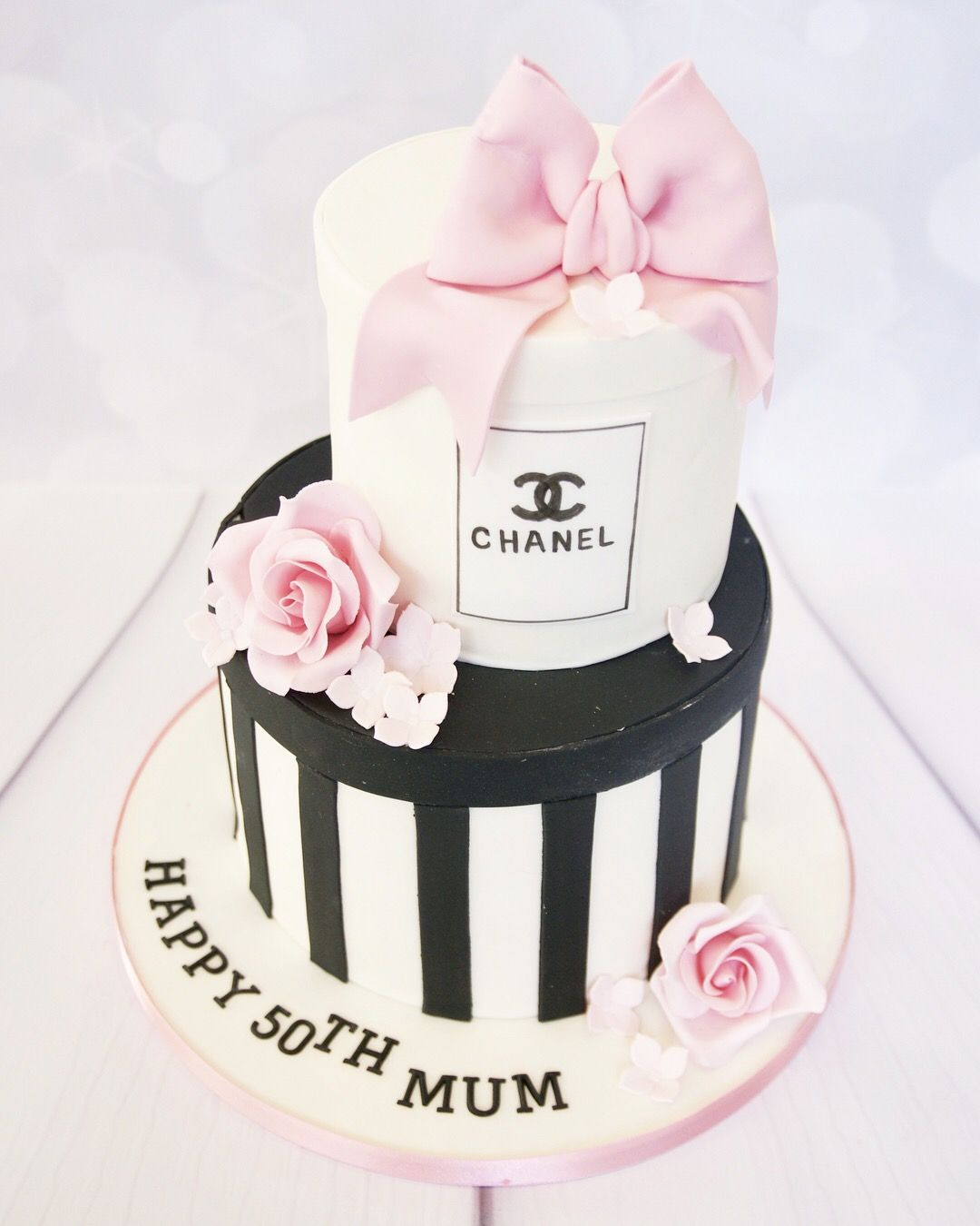 50th Birthday Chanel Gift Box Cake With Images Chanel Cake