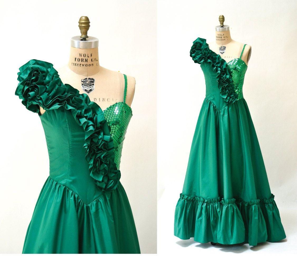 Vintage 80s Prom Dress Green Xs Small Sequin Evening Gown Etsy Green Prom Dress Vintage Sequins Dress 80s Prom Dress [ 969 x 1125 Pixel ]