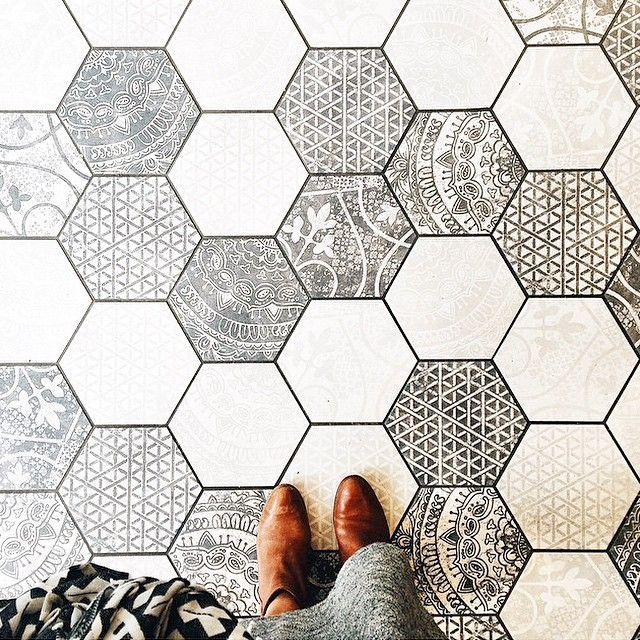 Hexagon Tiles For the Home Pinterest Fliesen, Muster und - fliesenmuster für badezimmer
