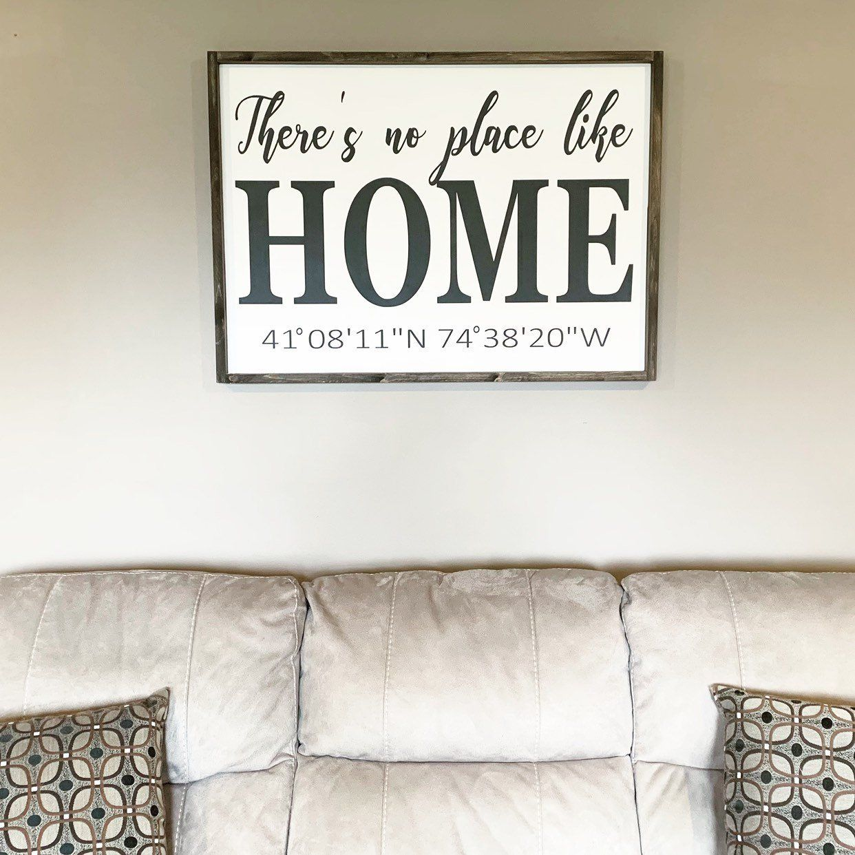 There S No Place Like Home Home Sign Farmhouse Signs Living Room Signs Over The Couch Decor House Coord Farm House Living Room Couch Decor Room Signs