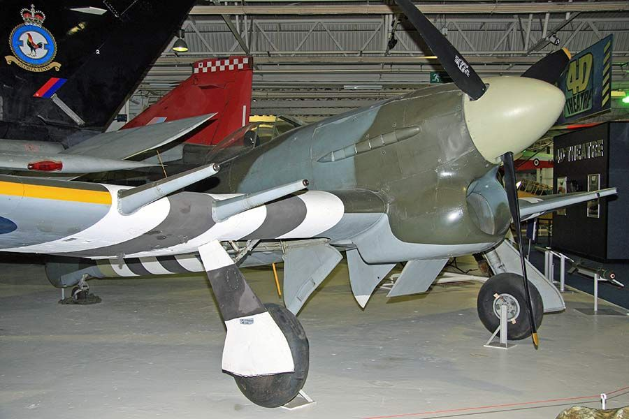 Hawker typhoon plans hawker typhoon 1b mn235 aerei della ww2 hawker typhoon plans hawker typhoon 1b mn235 altavistaventures Choice Image