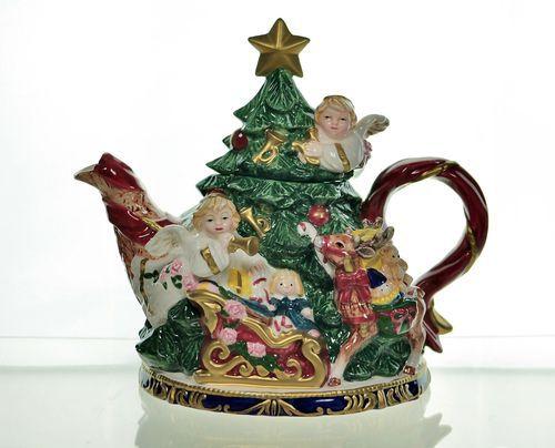 Retired Fitz Floyd Omnibus Angels' Christmas Teapot 32 Oz