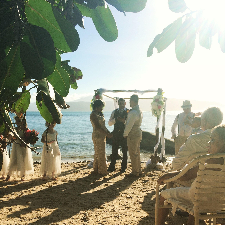 Fitzroy Island Queensland: Pin By Fitzroy Island, Queensland On Weddings At Fitzroy