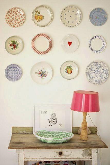 Carinho e casa: Pratos decorativos na parede