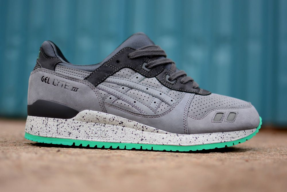 meilleure sélection 22d1c 974b1 Asics Gel Lyte III: Light Grey/Dark Grey/Green | Choos ...