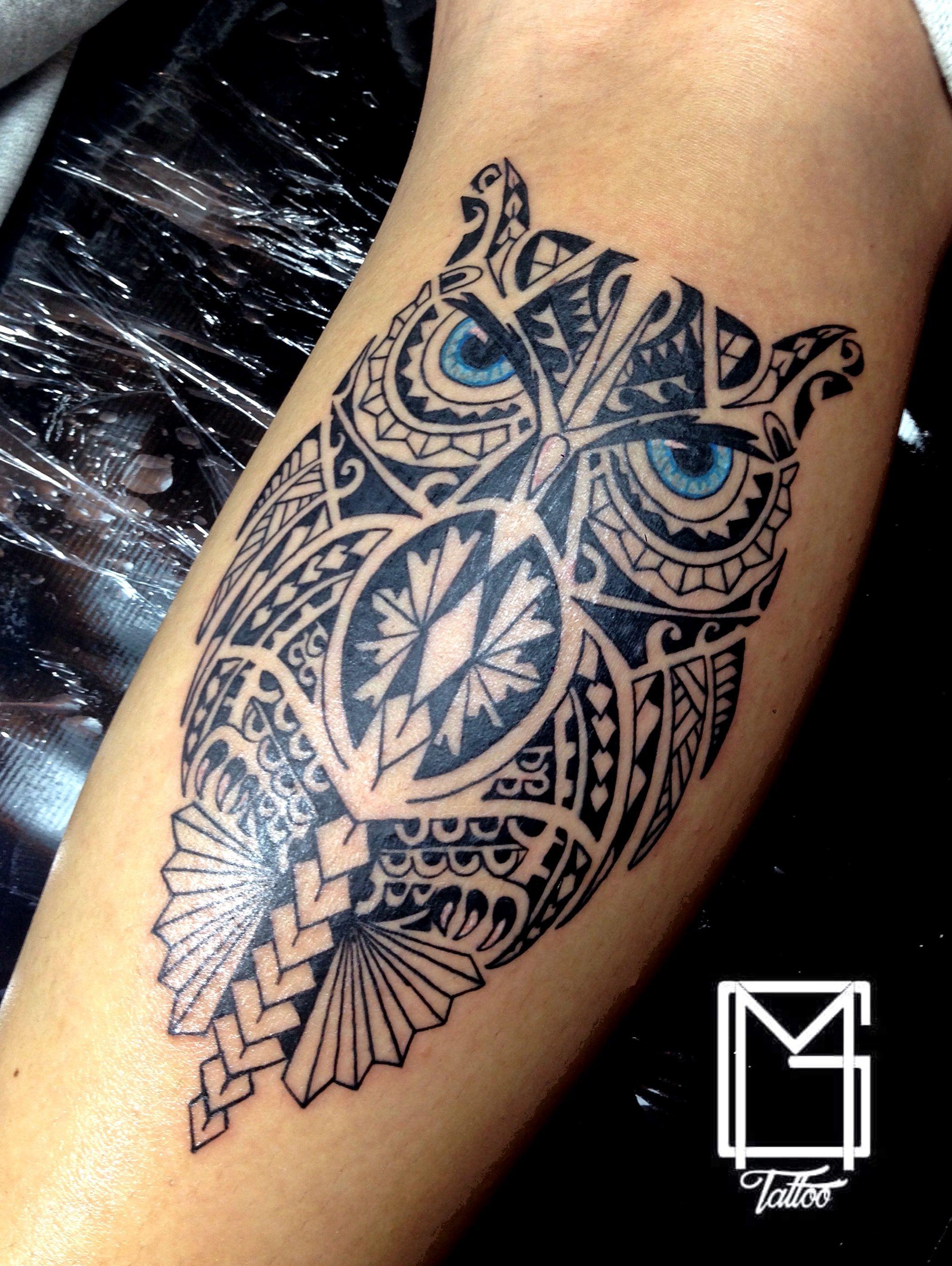 tatouage croix poitrine homme