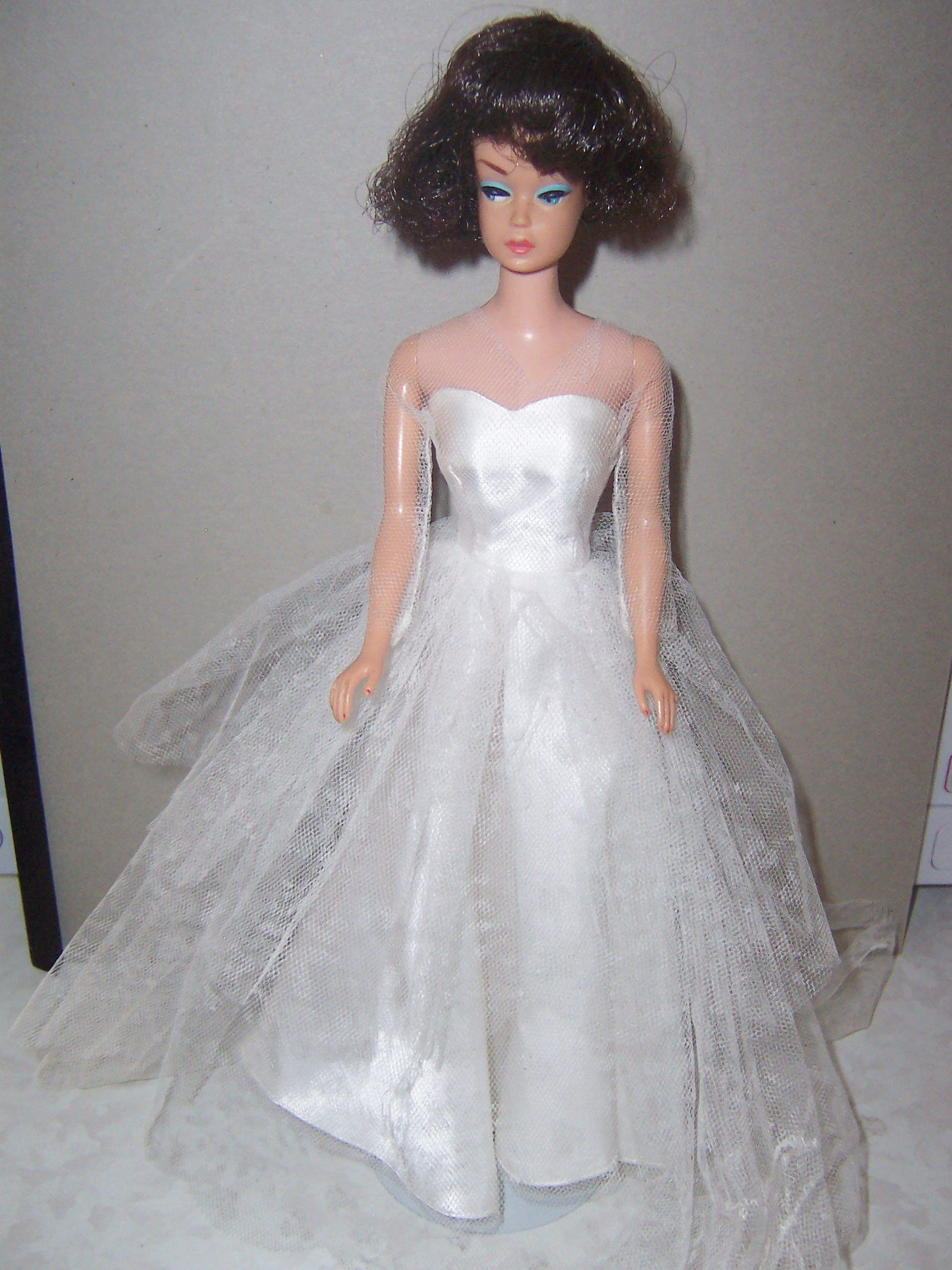 Fashion Queen Barbie doll in Wedding Day Gown dress set 1960s