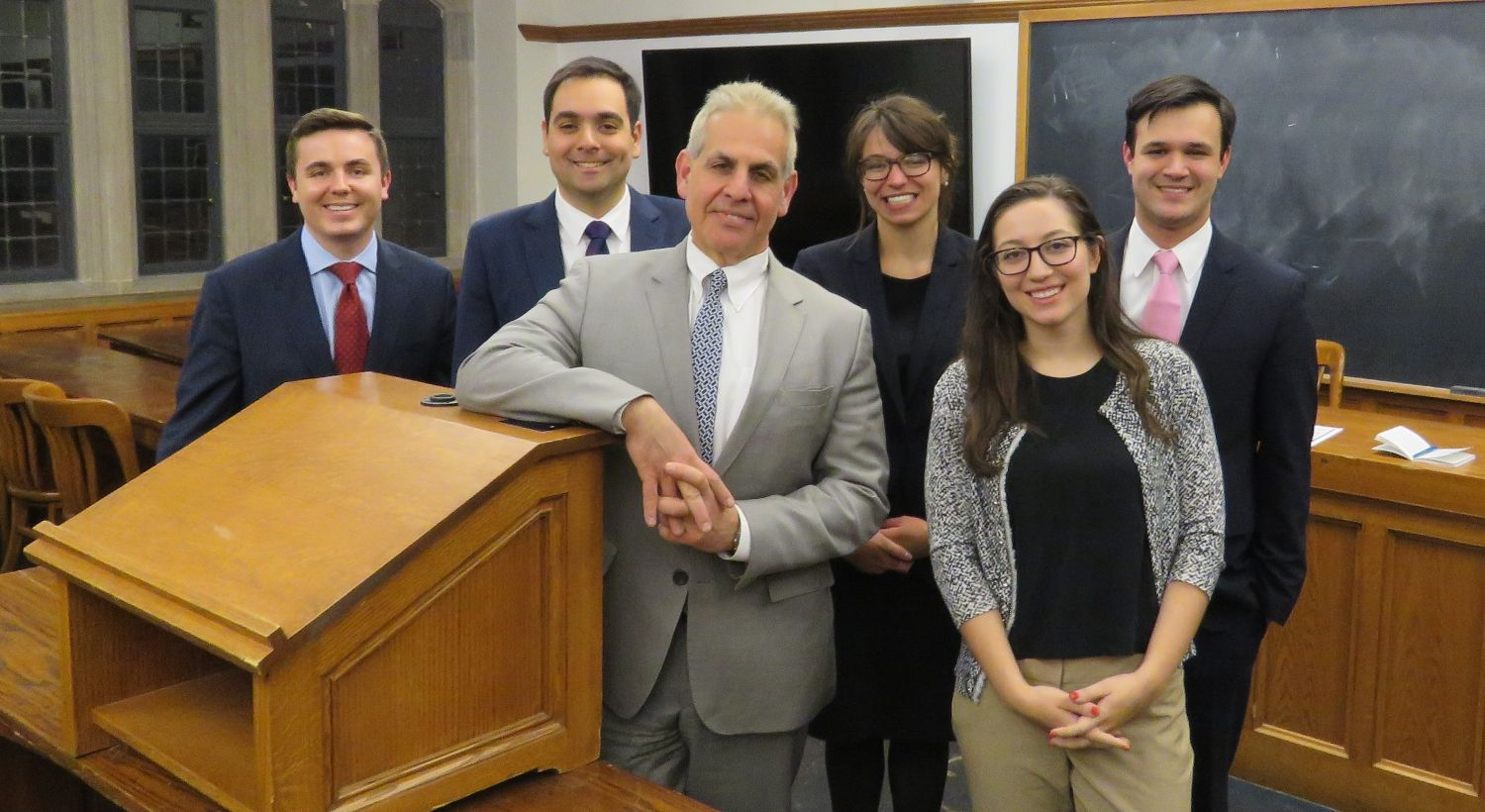 Nice Work By Yale University Law School Students Attorney Jonathan Perkins A Semifinal Round Of Yale University Law S Injury Lawyer Yale Law School School S