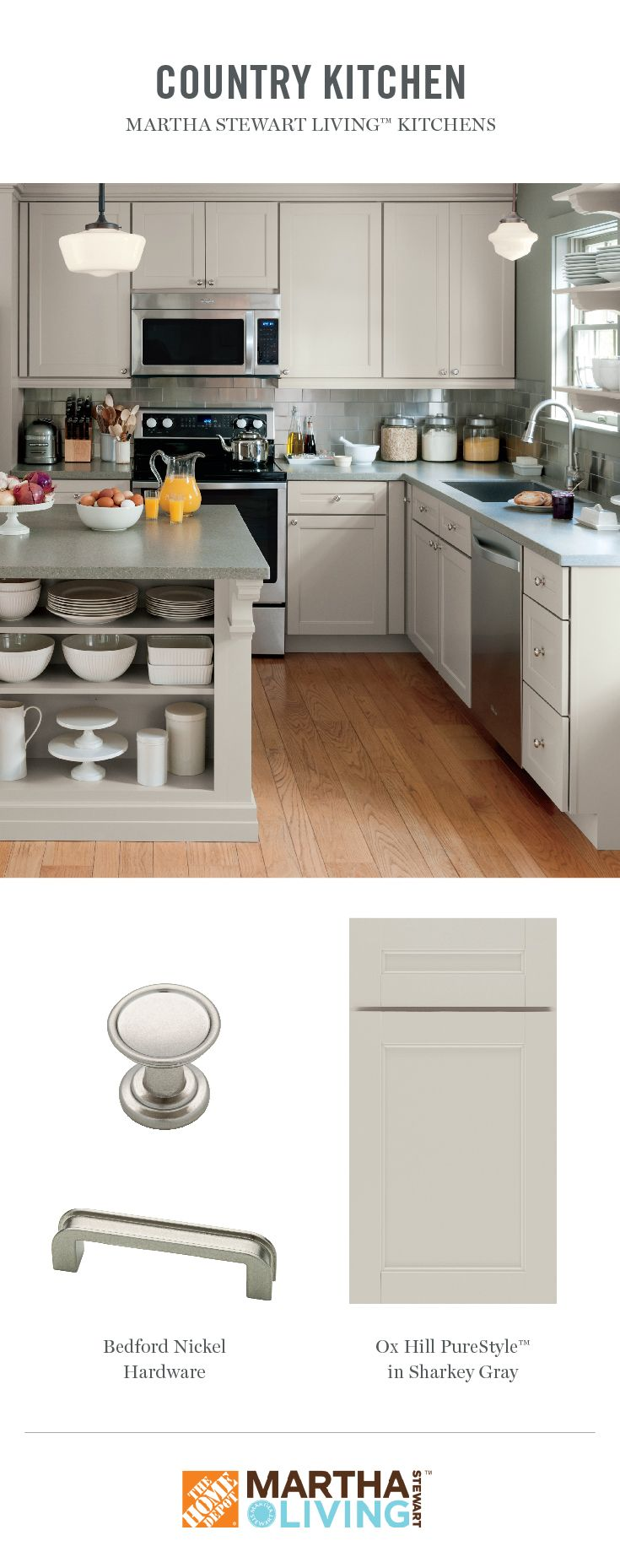 Take A Look Inside Martha Stewart S Renovated Kitchen At Her Home In Maine She Used The Mar Martha Stewart Living Kitchen House Design Kitchen Kitchen Remodel