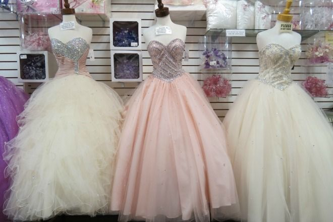 We Highly Reccomend This Store To Brides On A Budget As