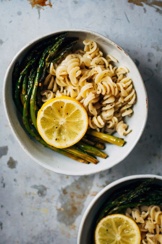 Lemony Herb Pasta With Roasted Asparagus | Community Post: 10 Mouthwateringly Delicious Pasta Dishes That Are Perfect For Spring
