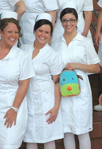 graduates 2012 kittel pinterest krankenschwestern und schwestern. Black Bedroom Furniture Sets. Home Design Ideas