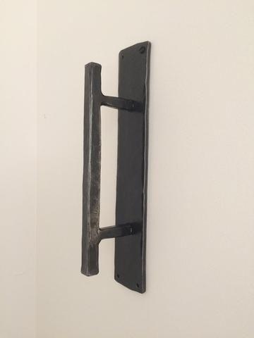 Hammered Door Pull Avec Images Meuble En Carton Solide