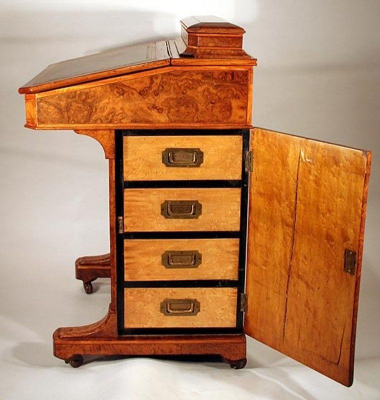 Exceptional Burled Walnut Captain's Desk - Exceptional Burled Walnut Captain's Desk NewHouse_GES