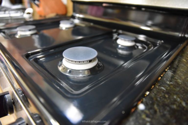 How To Efficiently Clean Gas Stove Tops Burners And Grates Clean Gas Stove Top Gas Stove Top Gas Stove Burner