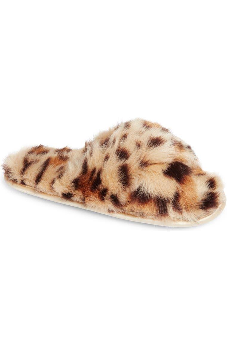 Nordstrom Cozy Leopard Faux Fur Slipper (Women) | Nordstrom in 2020 | Faux fur slippers, Womens slippers, Fur slippers