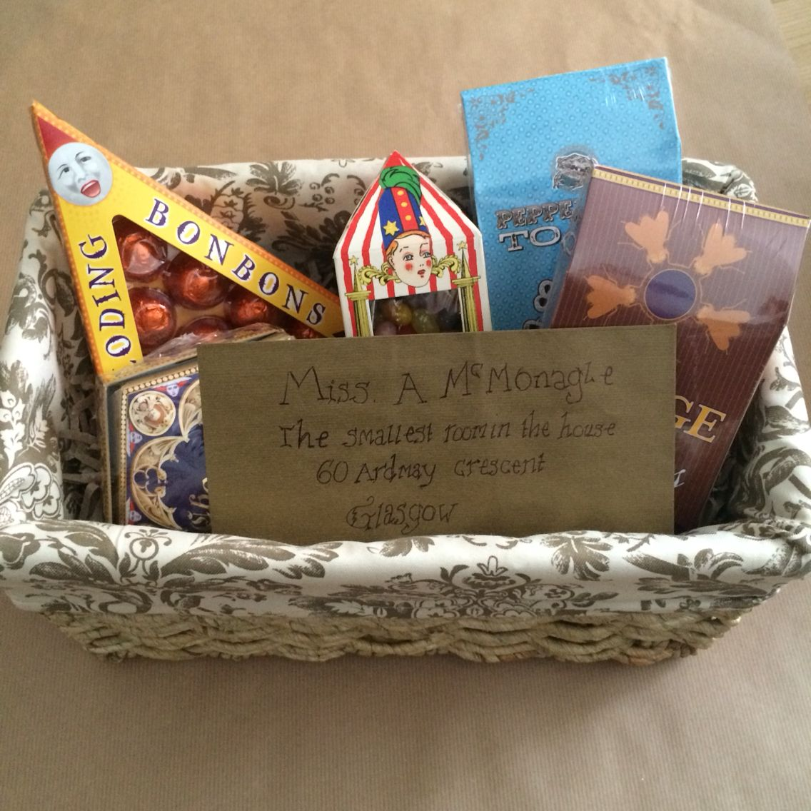 Harry Potter sweet hamper #harrypotter #sweets #gift #hamper ...