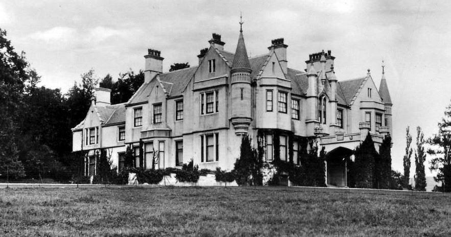Old Photograph Of Garth House In Glen Lyon Perthshire Scotland Garth Estate Was Bought In 1832 By Sir Archibald C Scotland Vintage Scotland Old Photographs