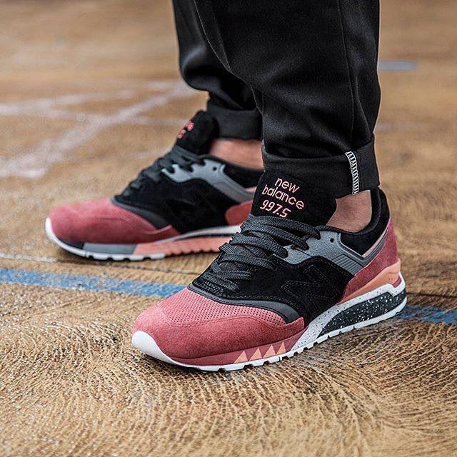 Sneaker Freaker x New Balance 997.5  Tassie Tiger   f22774dd1a7d2