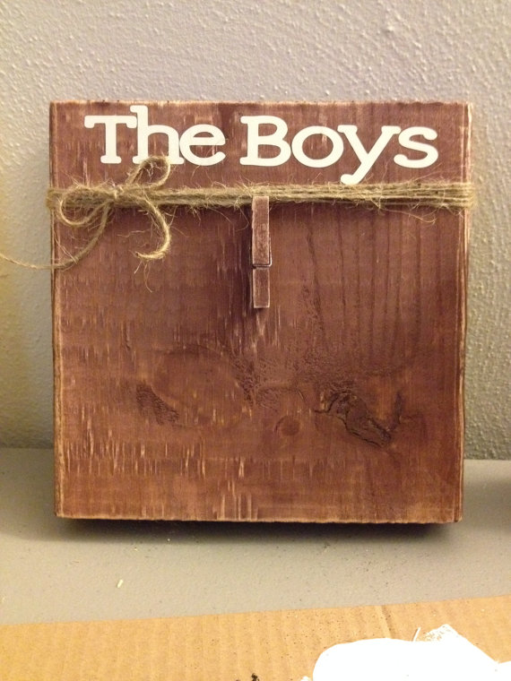 Brown Distressed Painted Wood Block Frame With Twine Bow Clip Photo