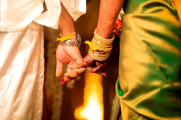 How fat Indian weddings are going on a crash diet to cope with demonetisation - The Econ...
