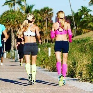 Zensah ambassadors     By @lisabuohler #zensah #withoutlimitz #xc #running #fitlife #teamzensah #athlete  #0uj #brandambassador