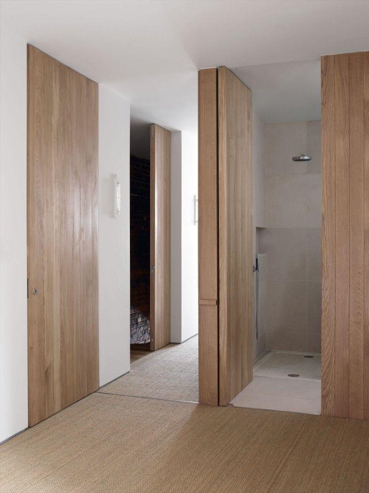 est wc dans le couloir