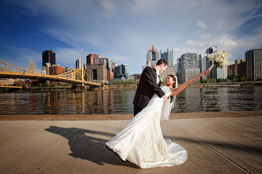 Bride and groom pose | Wedding Portrait | Pittsburgh scenery | City ...
