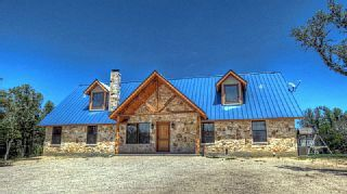 Beautiful Lodge In Concan Texas Come Visit The Texas Hill Country Vacation Rental In Concan From Homeaway Vacation Vacation Cabin Rentals Vacation Rental