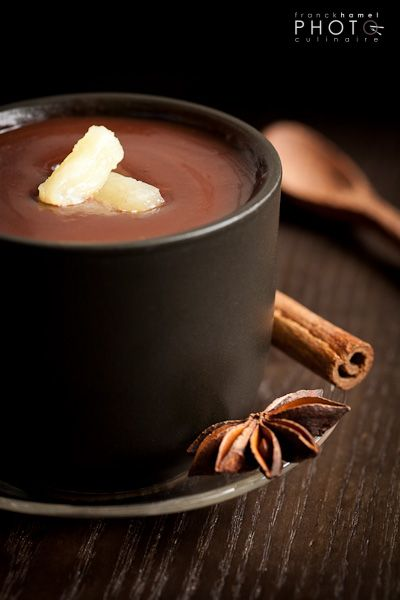 Chocolate soup and pineapple with spices (Recipe: Alexandra Beauvais)