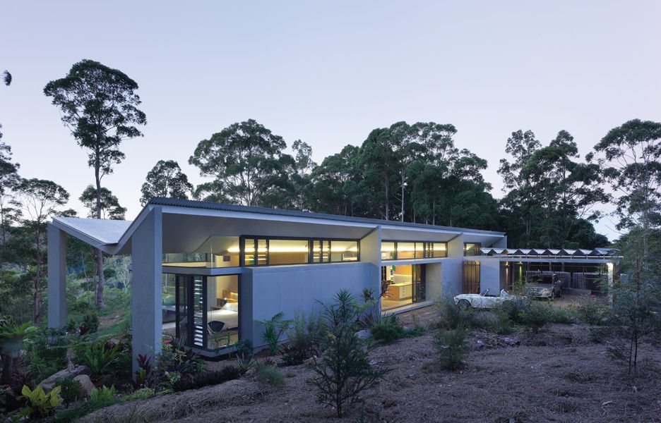 the Montville House draws on the Australian modernist pavilion