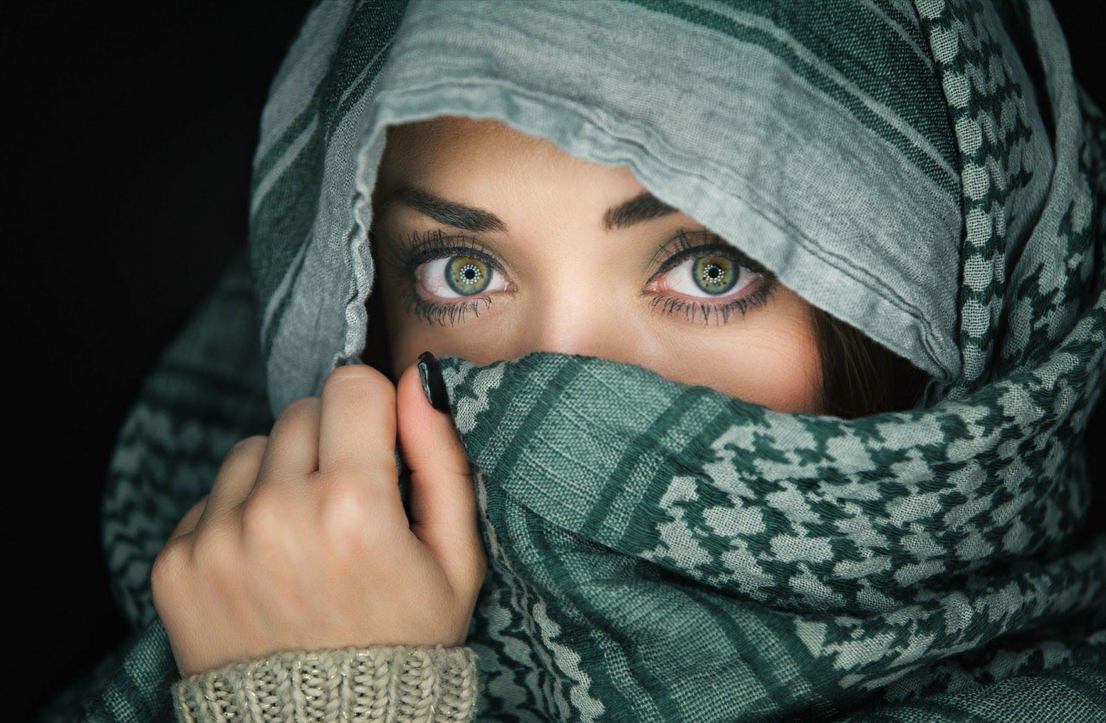 Gambar Wanita Muslimah Berhijab Cantik Pojok 41 Wanita