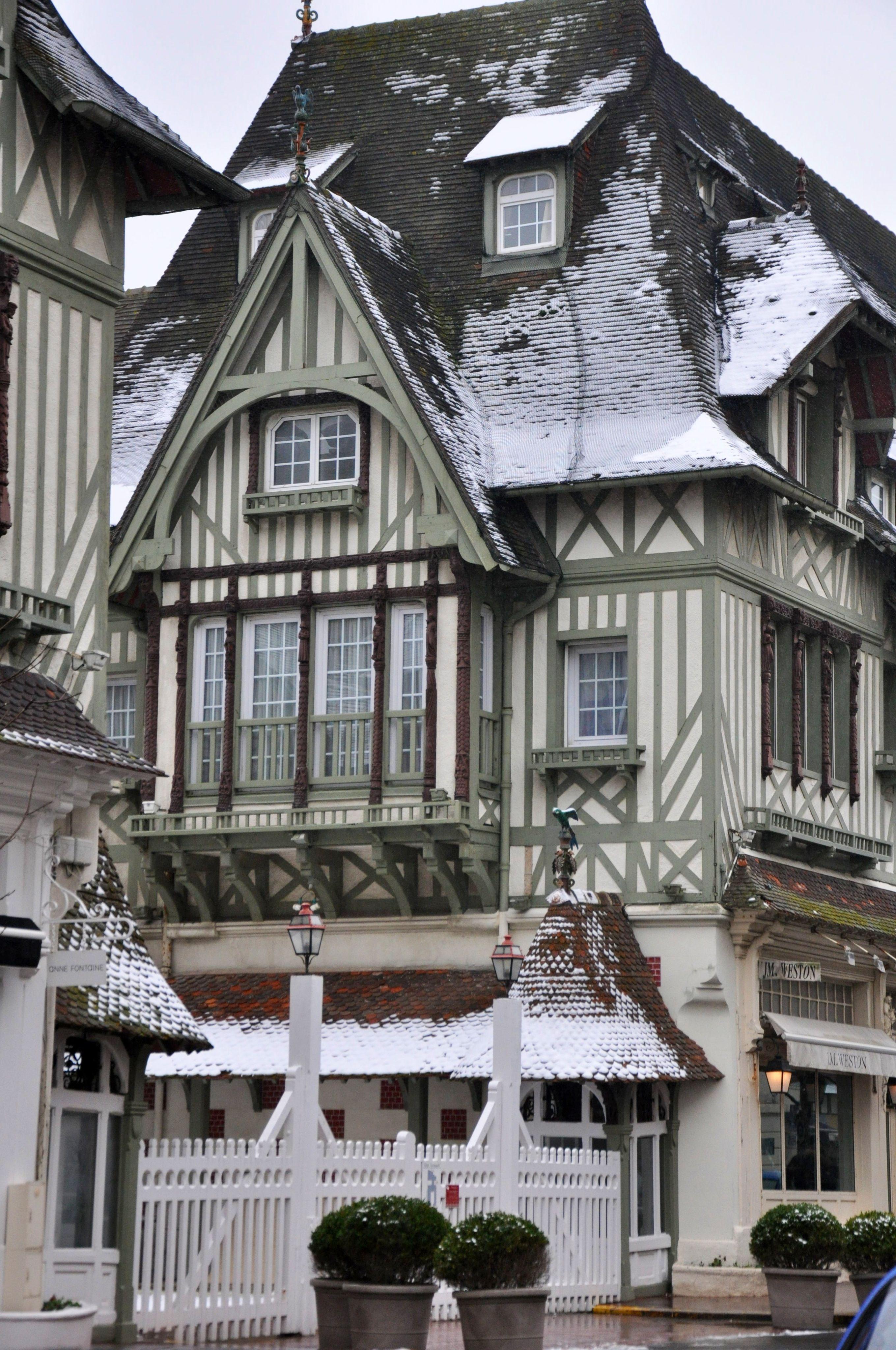 Deauville Under The Snow Manoirs Et Villas Normandie