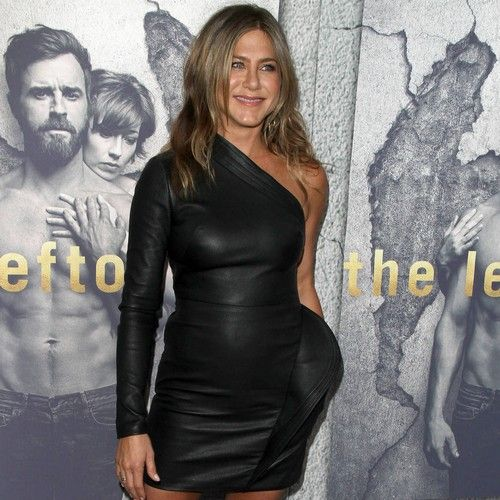Newsdesk   Jennifer Aniston has criticised the lack of interest in female actresses as they age. The 48-year-old Horrible Bosses star has enjoyed a celebrated career in Hollywood after finding fame in '90s TV show Friends, and insists getting older is only enriching her life. However, in...