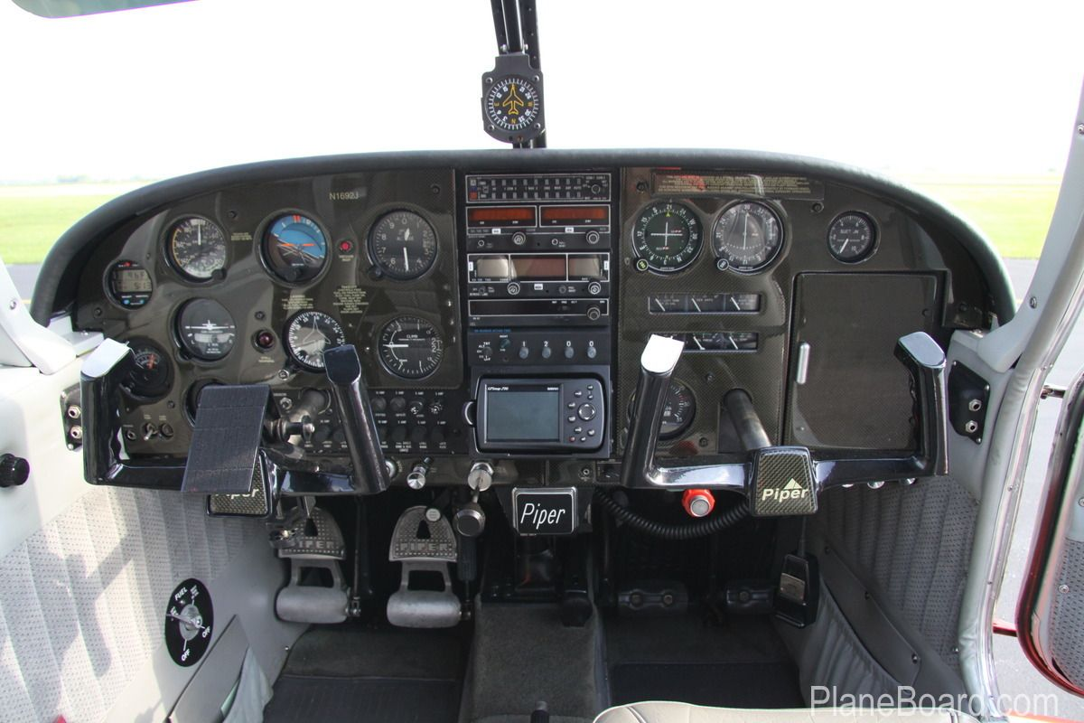 1967 Piper Cherokee 140 Cockpit - Bill Mosely owned one of