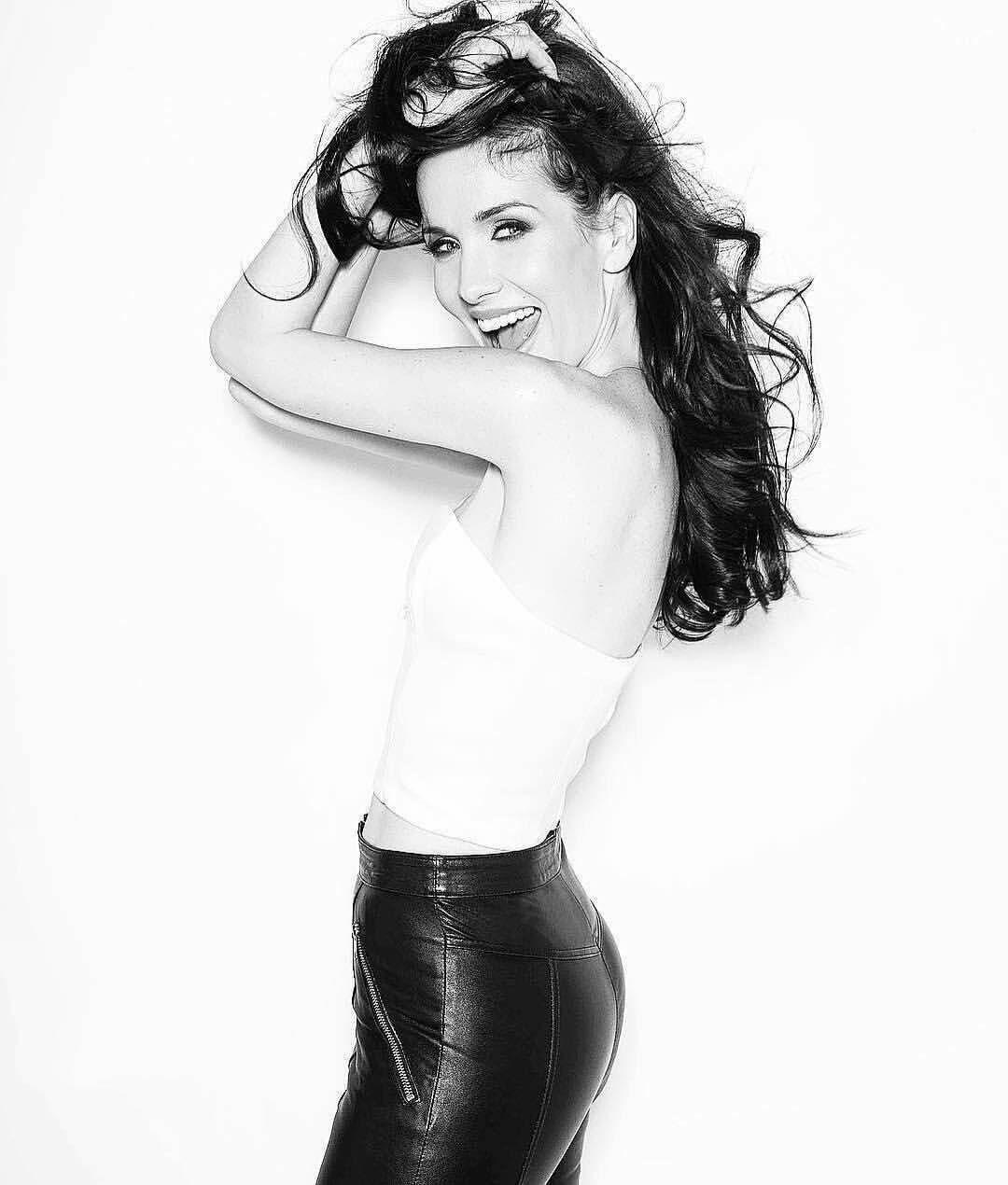 Hacked Natalia Oreiro nudes (12 images), Tits