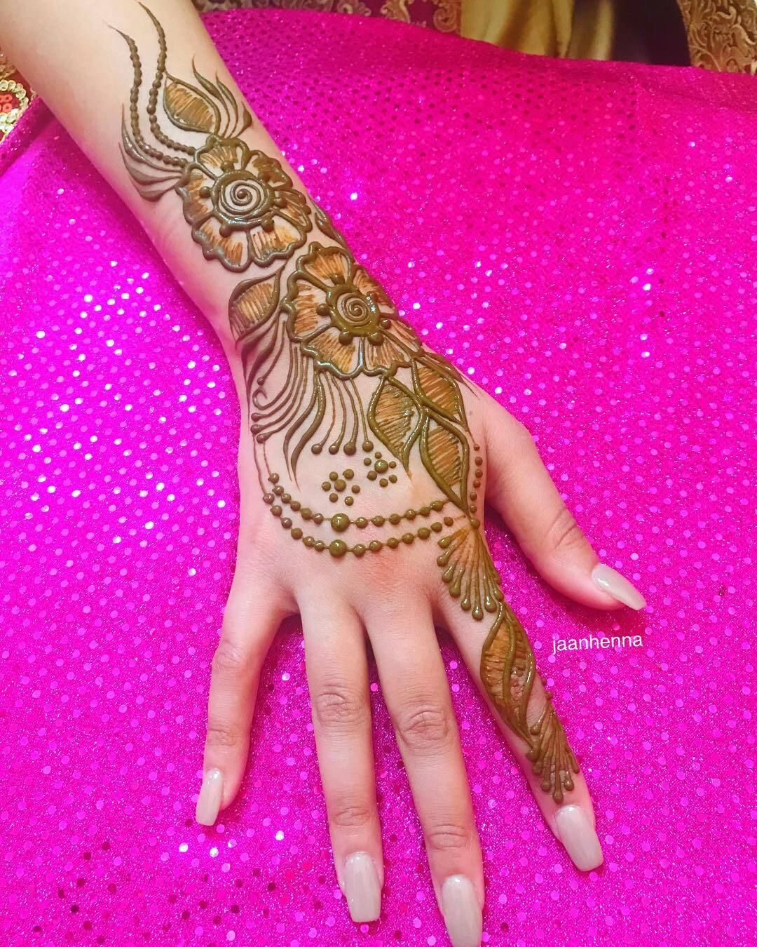 Back Hand Mehndi Designs In 2020 Mehndi Designs For Hands Latest Mehndi Designs Mehndi Designs