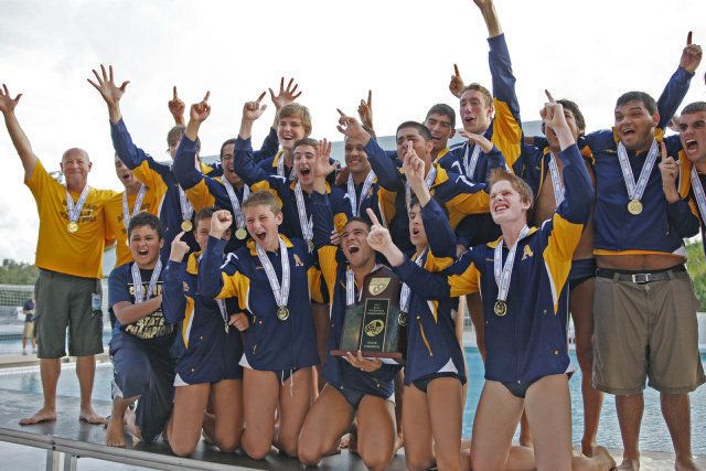 St Thomas Aquinas Win School S First Ever Water Polo Title From Miamiherald Com Water Polo Schools First Track And Field