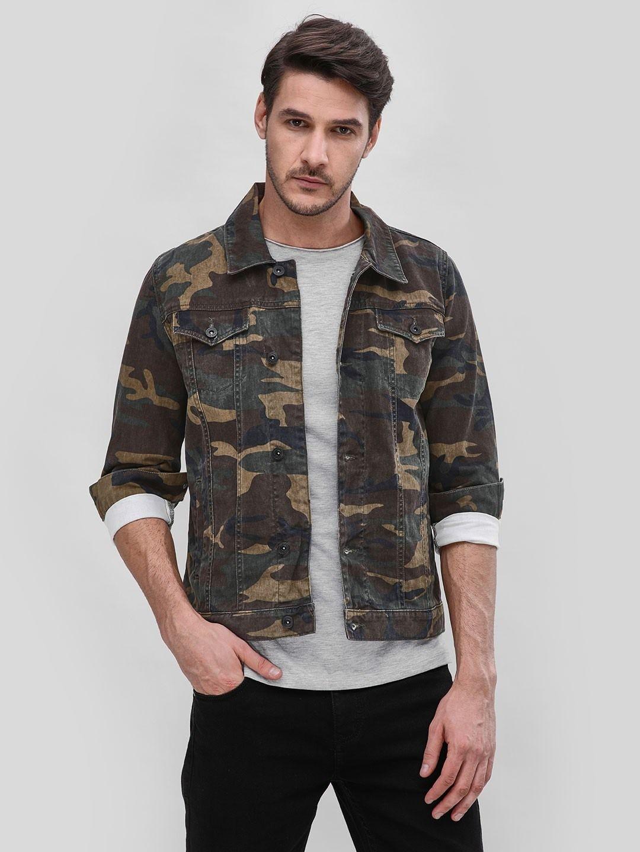 0462d2b2999 Buy Blue Saint Green Camo Denim Jacket for Men Online in India ...