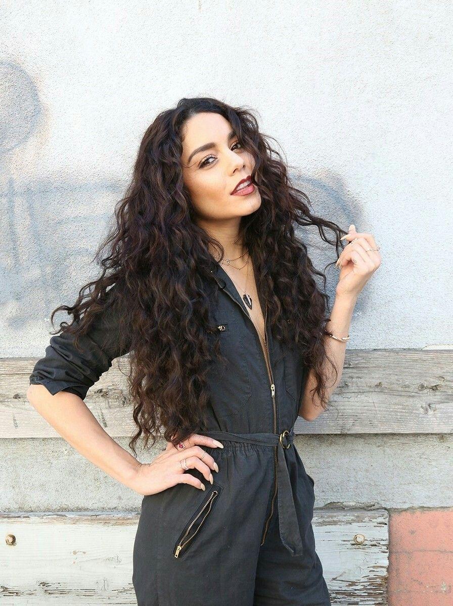 Lange Haare Frisur Vanessa Hudgens Haar Sommerfrisuren