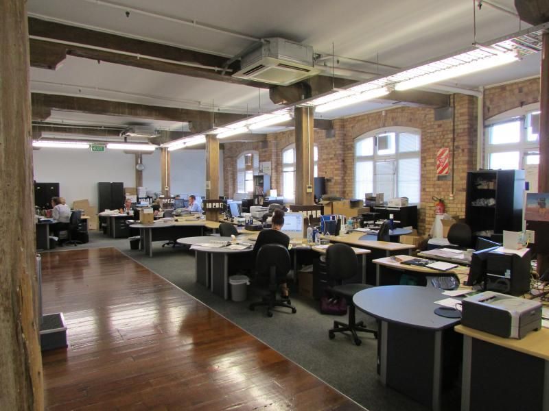 Sharedspace Office Space The Icehouse Innovative Loft Style