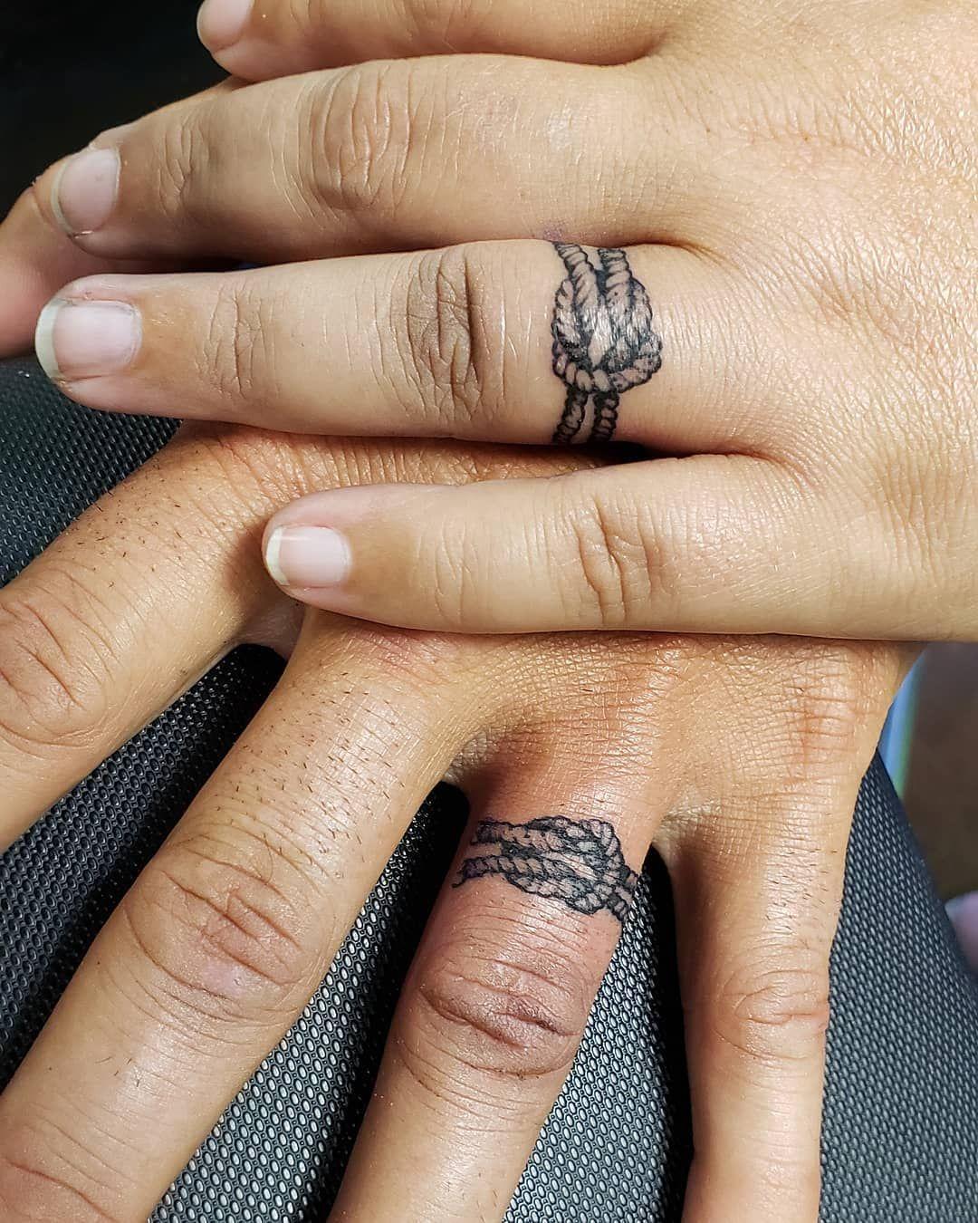 Wedding Ring Tattoos Weddingringtattoo Weddingtattoo Tattoo Wedding Ringtatoo Wedding Ta Ring Finger Tattoos Couple Tattoos Unique Wedding Finger Tattoos