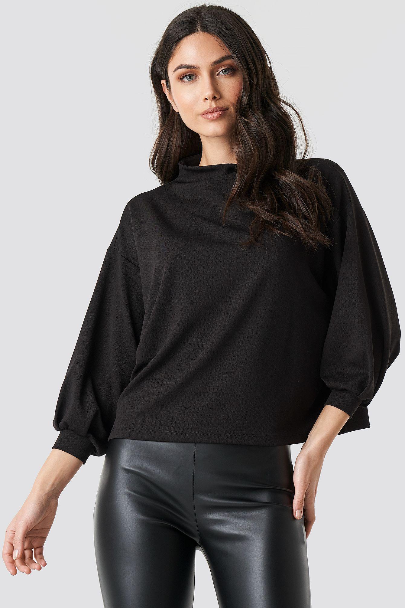 Boxy 3/4 Sleeve Top in 2020 | Top schwarz, Rollkragen, Outfit
