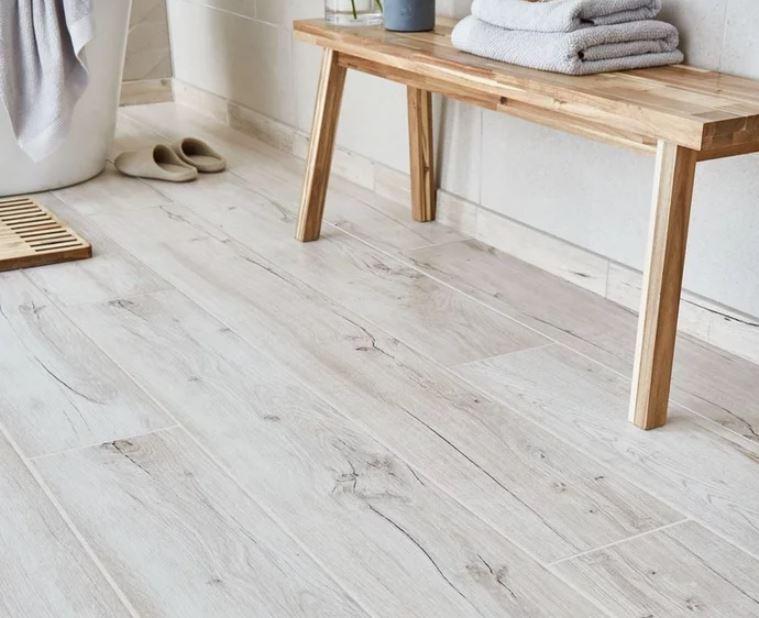 9 Top Trends In Flooring Design For 2021 Light Oak Floors Light Grey Oak Flooring Wood Effect Tiles
