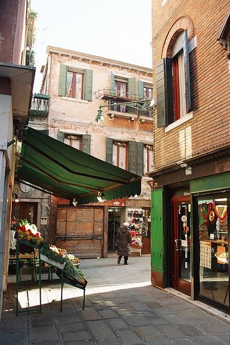 Venice - explore the neighborhoods away from St. Marks