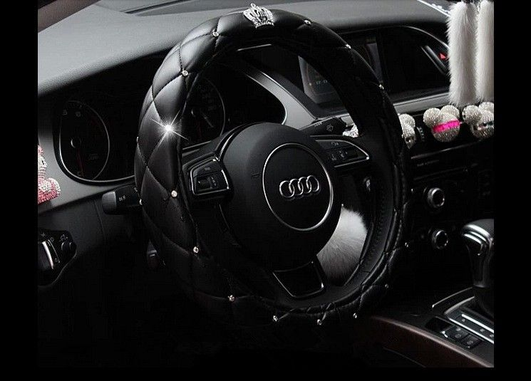 High Quality PU Leather With Crown Crystal Steering Wheel Cover For Girls Car Interior Decoration
